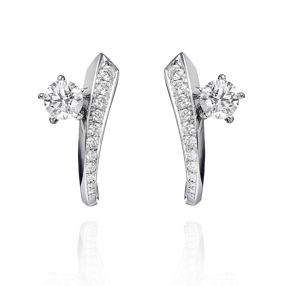 orecchini diamanti e oro bianco delicata marea forever unique